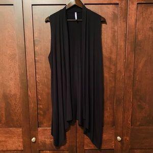 Black knit vest!